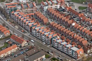 Luchtfoto van een woonwijk in Den Haag